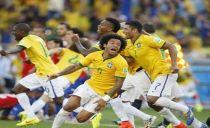 Brasil chega a Miami com Neymar, Robinho e Marcelo
