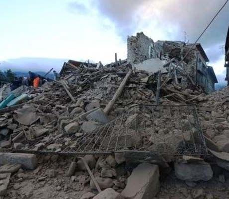 Itália: Cabo-verdianos recuperam após saltar de prédio sacudido por terramoto
