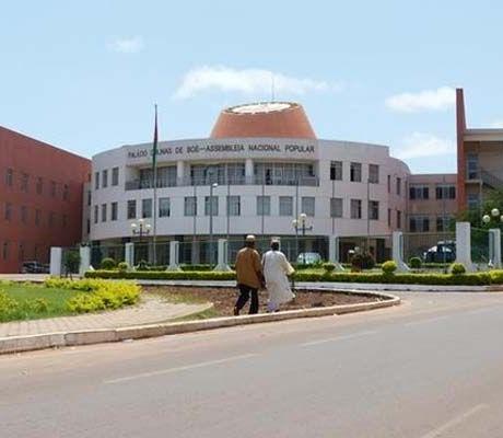 Guiné-Bissau: Parlamento aprova programa de governo