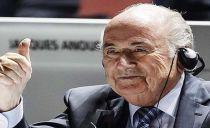 Joseph Blatter vence eleição e estará na FIFA mais um mandato